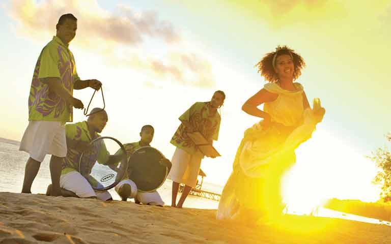 mauritian Sega-equivalent-liveliness-pure-joy (3)